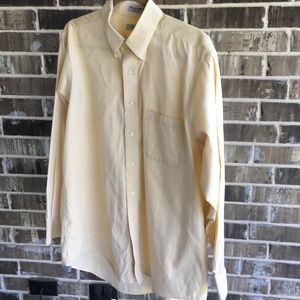 Izod Men's Yellow Dress Shirt Size Large